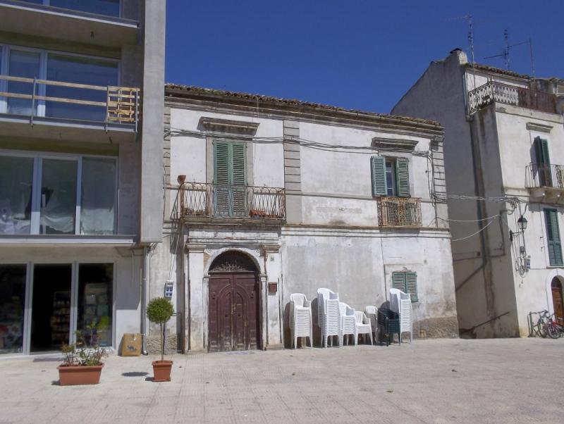 Appartamento in centro in un piccolo borgo all'interno di un antico