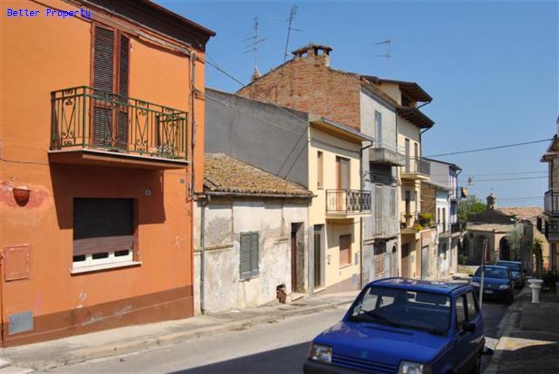 Immobili in vendita in abruzzo casa in citt con giardino - Giardino d abruzzo ...