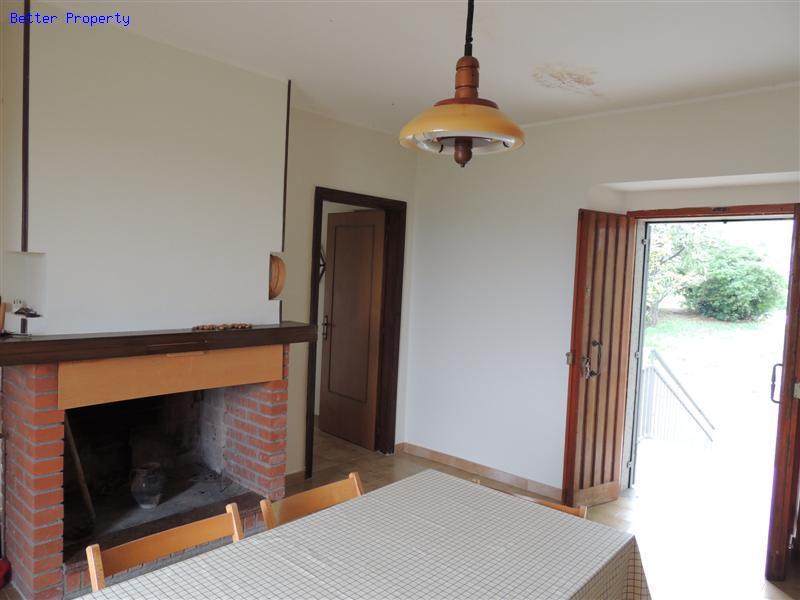 Immobili in vendita in abruzzo cottage rustico abitabile for Case alla ricerca di cottage