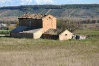 Cottage rustico con terreno